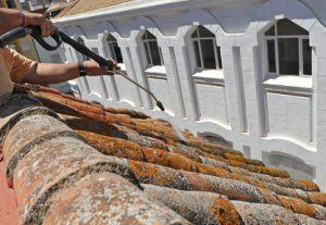 devis Nettoyage de toiture à Saint-Denis